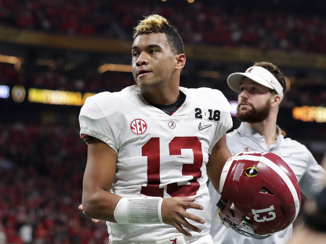 how-tua-tagovailoa-went-from-hawaiian-star-to-backup-quarterback-to-alabamas-national-championship-hero